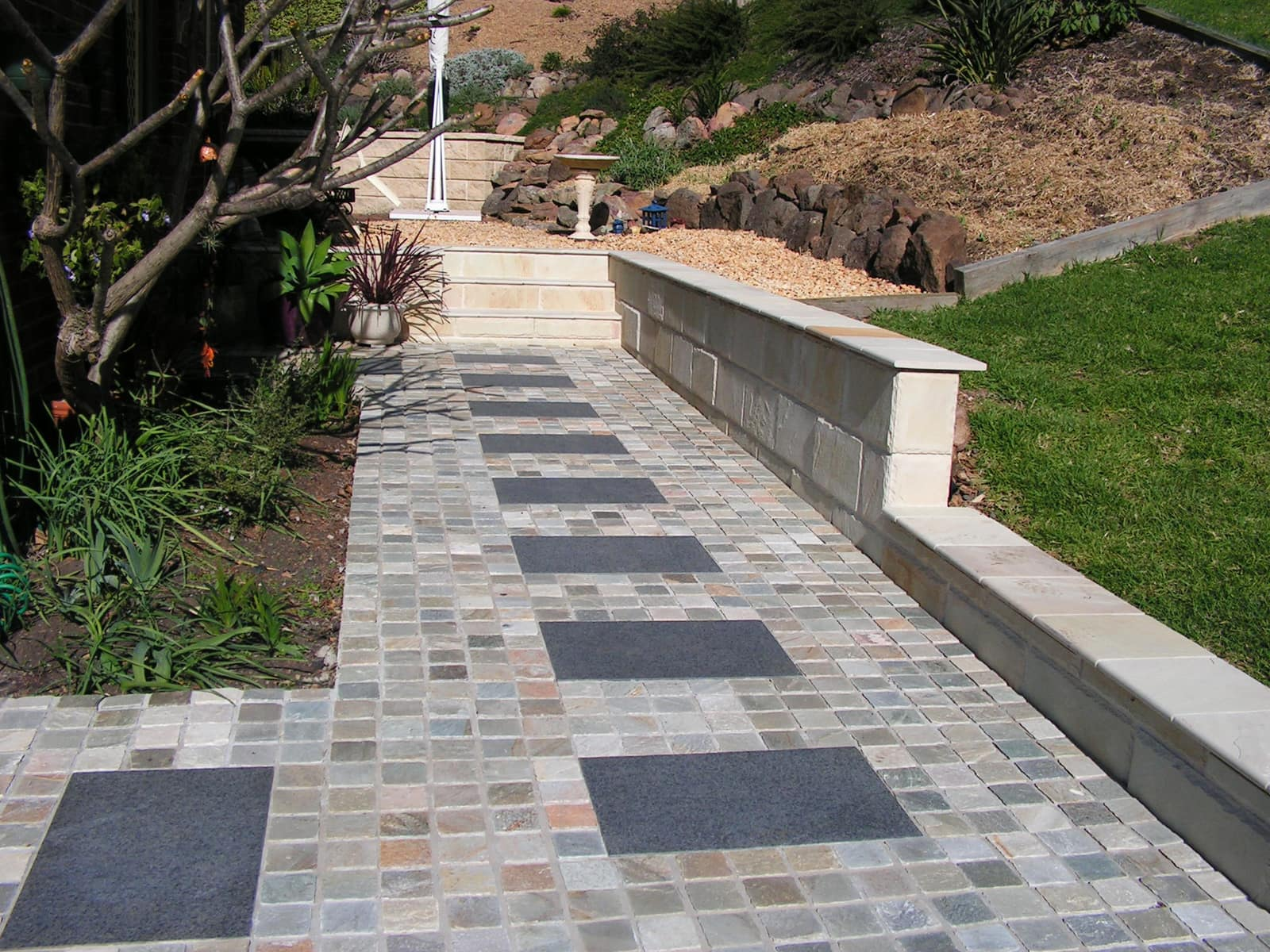 landscaping project cobblestone-pathway-retaining-walls landscaping